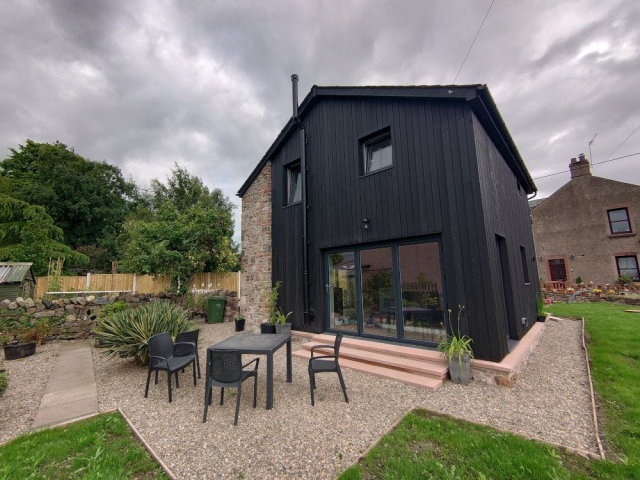 Old Brewery Barn - Permachar Raven Larch Cladding
